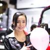 【オートショーを彩るコンパニオン】日野自動車 画像