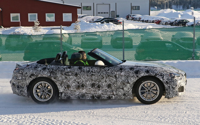 トヨタ×BMW 新型Z5、衝撃の事実発覚...これが証拠写真だ! 画像