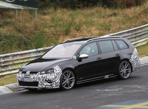 空気抵抗向上!VWゴルフ「R」ヴァリアント、295馬力の改良新型がニュルで暴走! 画像
