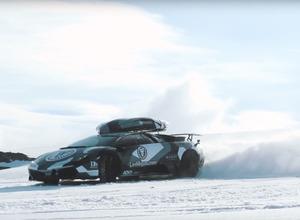 【動画】雪上のドリフトキング、J.オルソンがランボルギーニでスキー場を爆走! 画像