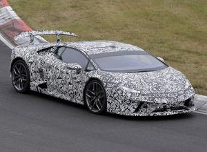 ランボルギーニ、650馬力の新型「ペルフォマンテ」がニュル再来! 画像