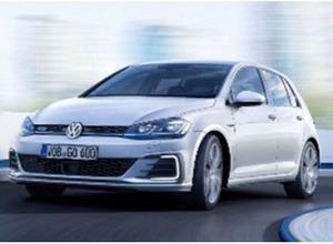 VW ゴルフ 改良新型、公開前完全な姿がリーク! 画像
