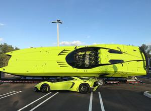 やっぱり世界最速!? ランボルギーニ アヴェンタドールSVがボートになった! 画像