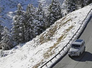 メルセデスゲレンデ次世代型、絶景の雪山を登った! 画像