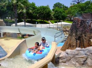 鈴鹿サーキットのプールに全長30mの新ウォータースライダーが出現! 画像