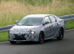 トヨタ カローラ次期型、BMW製エンジン搭載の可能性! 画像