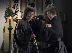 杉良太郎vsEXILE小林直己、圧巻の殺陣バトルで魅せる!「医師問題無ノ介」第2弾 画像