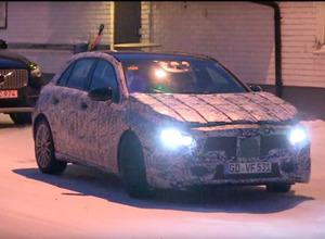 【動画】メルセデスAクラス次期型、ボディ拡大&9速DCTで雪道スイスイ 画像