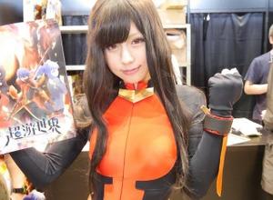 企業ブースを彩った「コミックマーケット」の美女たち写真100枚一気! 画像