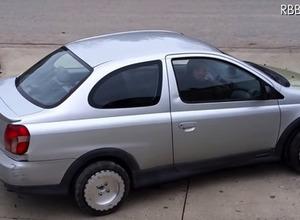 車が真横に移動する!?全方位型タイヤは本当に縦列駐車が簡単になるのか 画像