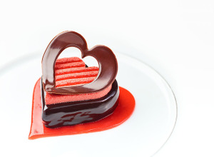 3日間限定!「ベージュ アラン・デュカス 東京」バレンタインだけの特別デザートつきコース 画像