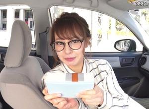 可愛すぎる七変化の山田菜々!360度動画でチョコレートをもらおう!! 画像