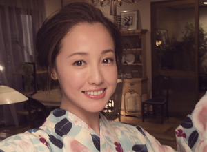 沢尻エリカ、「ほろよい」新テレビCMで浴衣姿披露 画像