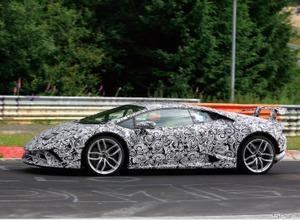 【動画】これがスーパーカーの本気の走りだ!ランボルギーニ ウラカン「SV」 画像