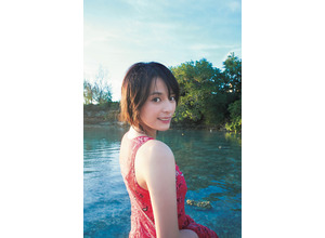 大沢ひかる、1st写真集で21歳が見せるセクシーショットにも挑戦! 画像