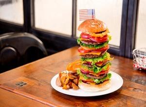 最強のハンバーガーを決めろ!「グルメバーガーグランプリ2016」が六本木で開催中 画像