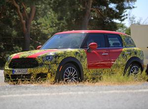 BMWベイビー「X1」!?MINIクロスオーバー次期型、最終テストを目撃 画像