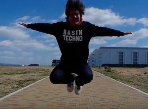 再生回数500万回超え!ミュージック・ビデオ「あるある」の岡崎体育を見たか 画像
