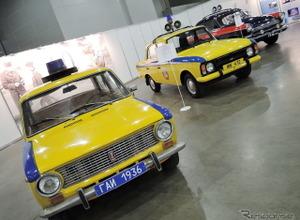 ロシア交通警察の歴史的パトカーも見られるよ!モスクワモーターショー2016 画像