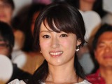 深田恭子、6年ぶりの白の女王役...実生活での姉妹エピソード語る 画像