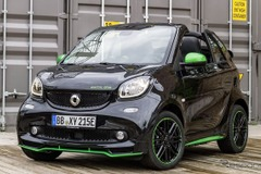 北米初公開!スマート新型EV「フォーツー・エレクトリックドライブ・カブリオレ」