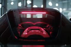 【動画】カッコ良すぎ!4億円の最新限定フェラーリのPVは映画みたい