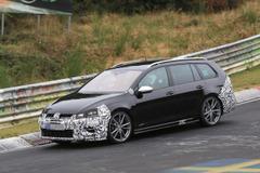 空気抵抗向上!VWゴルフ「R」ヴァリアント、295馬力の改良新型がニュルで暴走!