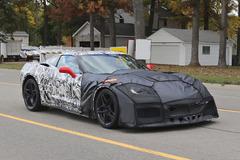 まるでレーサー!コルベット次期型ZR1、歴代最強710馬力で2017年1月発表か