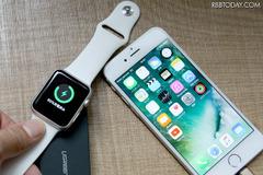 Apple WatchとiPhoneの同時充電が可能なモバイルバッテリーが発売