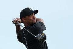 タイガー・ウッズが15カ月ぶりに復帰、ゴルフ界から完全復活を望む声