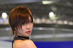 【オートショーを彩るコンパニオン】背中もセクシー...AIWA PART2
