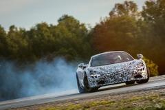 もうすぐ公開!マクラーレン新型スーパーカー、0-200k/h加速7,8,秒のパフォーマンスを公表!