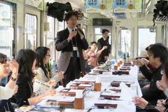 京都伏見のお酒を飲み比べ…叡山電鉄『日本酒電車』3回目の運行 4月1日