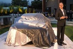 市販も視野に!キャディラックの大型セダン、「エスカーラ」がフルサイズ車を牽引する