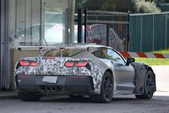 710馬力!史上最速コルベット「ZR1」、911GT3 を凌駕する!?