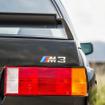 「M3 SPORTS EVOLUTION」(1990)伝説の「E30型M3」のファイナルモデルであり、1986年、最大のライバルである、メルセデス「190E 2.3-16」とDTM(ドイツ・ツーリング選手権)で火花を散らした。2.5リットル直列4気筒DOHCエンジン最高馬力 238ps0-100km/h 加速 6.5秒