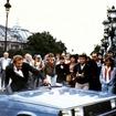 1985年「 美しき獲物たち」真っ二つになった「ルノー 11」。激しいカーアクションはシリーズ中でも、上位に数えられる。