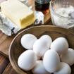 宮城県白石蔵王の「竹鶴ファーム」の卵で作ったメレンゲに、少量の北海道美瑛産の新鮮な牛乳と国産小麦を配合し、シンプルながらも贅沢に仕上げたパンケーキを提案。