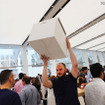 ニューヨークのワールドトレードセンターにオープンしたApple Store(C)Getty Images
