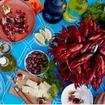 イケアでザリガニを食べようスウェーデンの夏の風物詩・ザリガニの販売がスタート