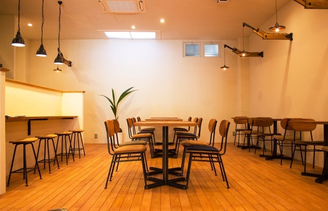 ココナッツ・オイルブランド「cocowell(ココウェル)」が初の直営飲食店舗「cocowell cafe(ココウェルカフェ)」を7月15日(金)にオープン