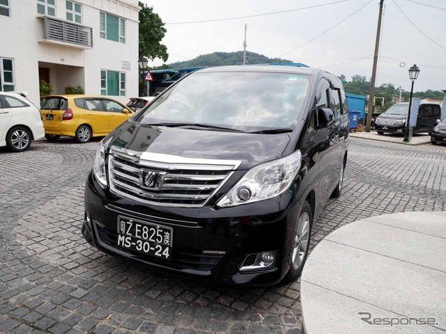 アルファードも中国では1000万円級の高級車。それなりの所得者でないとダブルナンバーは取得できない