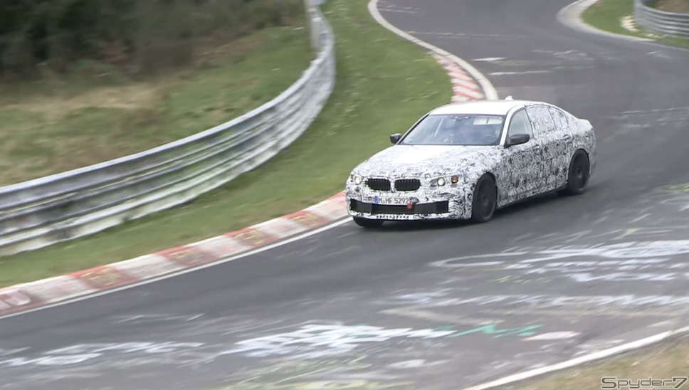 BMW M5スクープ動画