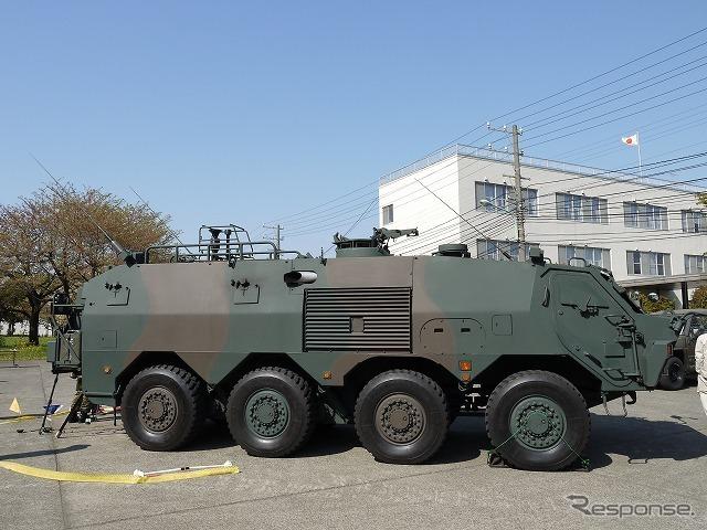 NBC偵察車は8輪だが、軽量戦闘車両システムの試験車両は6輪。