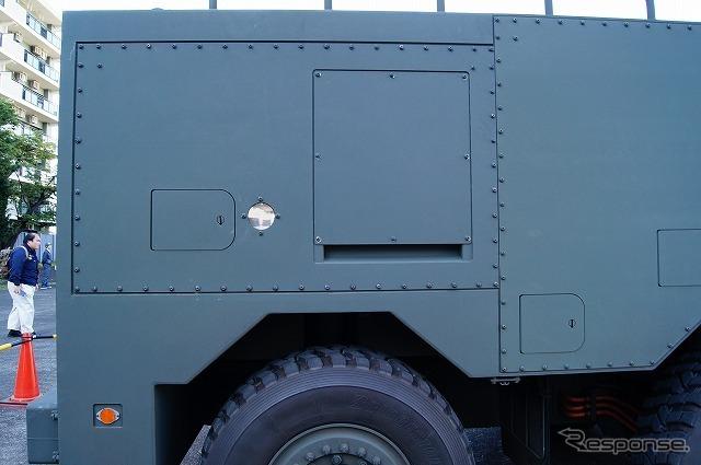 車体後部にはリチウムイオンバッテリーを搭載している。