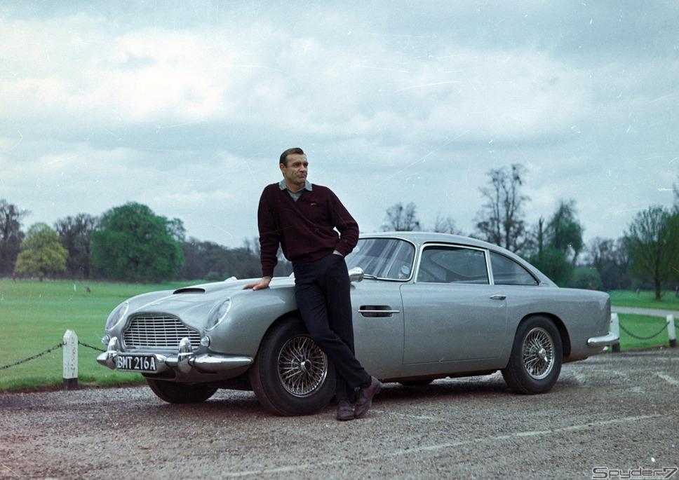 1964年 「007 ゴールドフィンガー」ボンドカーの代名詞とも言える『アストンマーティンDB5』。今では名車と讃えられるこの車は、これ以降計6作品に登場することになる。