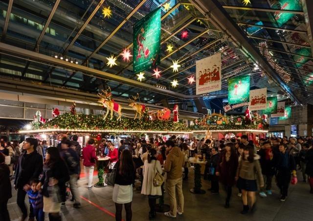 六本木ヒルズ クリスマスマーケット 昨年の様子