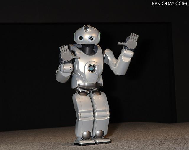 ソニーが2000年ごろに試作していた人型ロボット「QRIO」