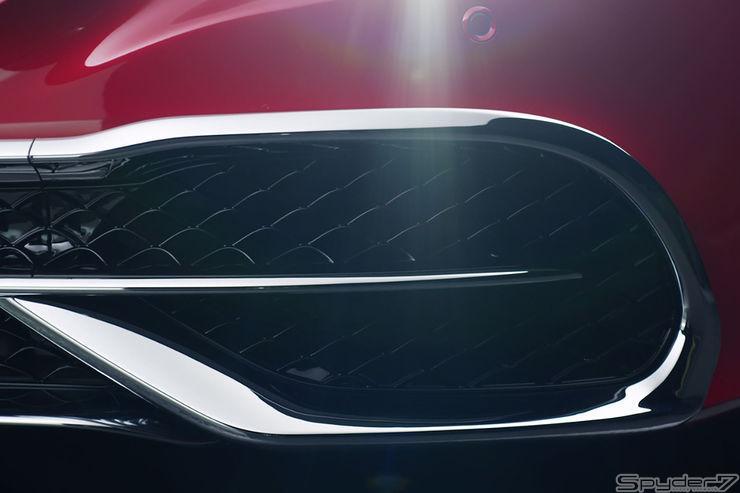 究極のオープンを予告!新型メルセデス マイバッハ S650カブリオレ、ティザーショットを公開