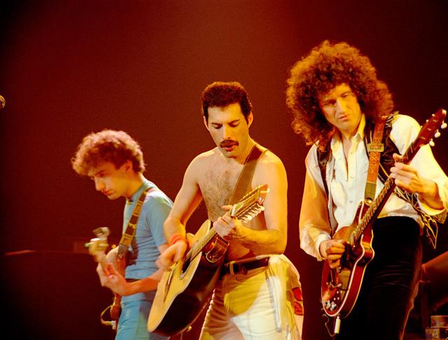 『クイーン・ロック・モントリオール 1981』 - (C)